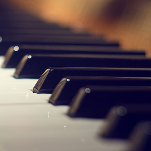 Background Piano music for stores - Jamendo Royalty Free Music Licensing